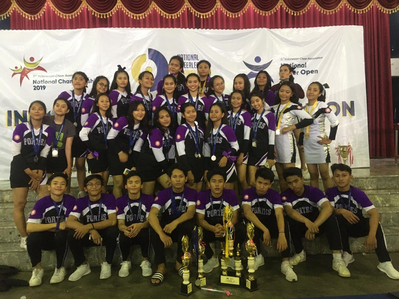 Tim FORTES cheerleading SMANSA berhasil meraih beberapa kejuaraan dlm KEJURNAS 2019